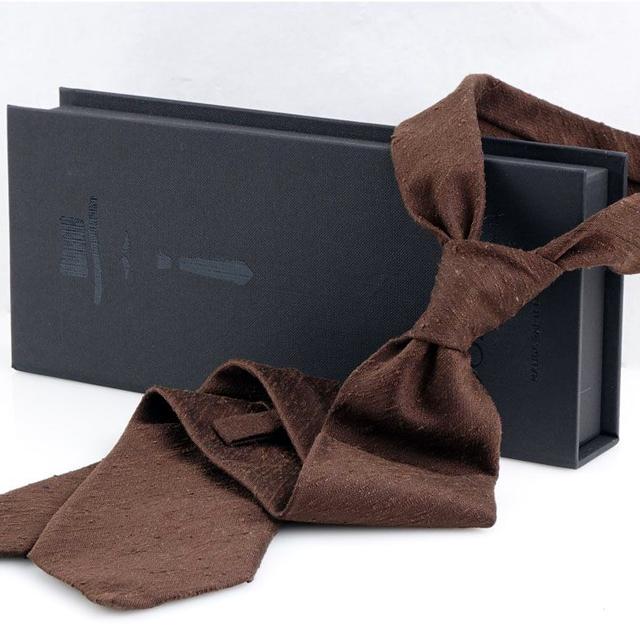 Cravatta in seta shantung